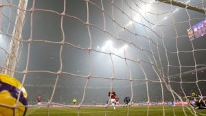 football_players_goal_gate_grid_ball_8837_602x339